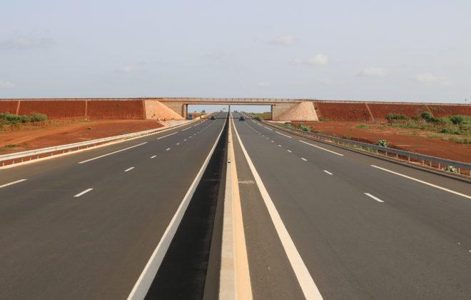 PS au PK9 du tronçon AIBD-Sindia (AIBD-Sindia段PK9跨线桥)(2)